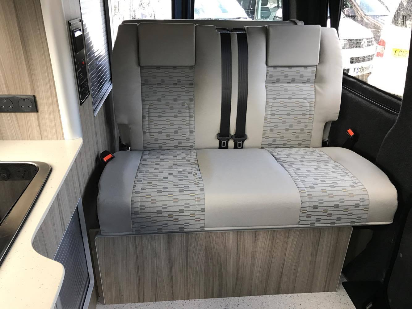 Rib Seat Bed 112 Place